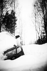 out of control (sami kuosmanen) Tags: suomi finland kuusankoski kouvola winter talvi tumma dark dof auto art car kolari accident crash luonto light lumi snow taivas tree tie road