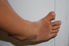 Great Legs/ Perfect Toes (Jaylynn's Best Feeture) Tags: tan sexyfemalefeettoessandalstoesbarelegsanklesheelshighheelsmulesslidessoles footfetish feet toes toering