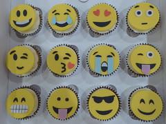 Emoji cupcakes (Victorious_Sponge) Tags: emoji cupcakes birthday cake