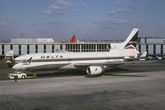Delta Air Lines Lockheed L-1011 TriStar 1; N705DA@JFK, April 1975 (Aero Icarus) Tags: plane aircraft flugzeug tristar avion l1011 slidescan trijet deltaairlines lockheedl1011tristar n705da