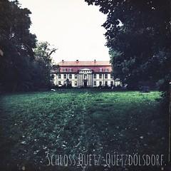 Schloss Quetz. Querzdölsdorf.   #Old #autumn #travel #travelblog #travelingram #traveltheworld #nature #Schloss #schlossquetz #castle #quetzdölsdorf #enjoy #herbst #hooray #lovewhatyoudo #ignice #igtravel