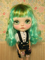 Clover and her beautiful Inika outfit :3333