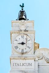 Something is wrong in this clock... (bigmike.it) Tags: santa italy clock casa ora della orologio loreto marche santuario italica italicum loretoan