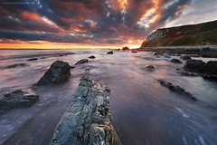 Unexpected sky (Descliks2bretagne PHOTOGRAPHIE) Tags: ocean longexposure sunset sea sky cloud seascape nature rock canon brittany bretagne breizh porzhkoubou ledilhuitnicolas wwwdescliks2bretagnecom wwwbreizhscapescom
