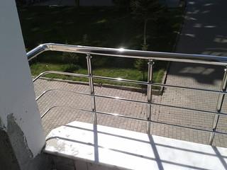 Dıştan bağlantılı balkon korkuluğu