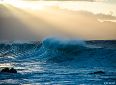 Waves by Grempz, on Flickr