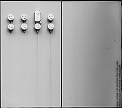 Different (Radioactive milkshake!) Tags: street leica bw white black grey faces crane geometry ships 28mm streetphotography grau sw kran everydaylife schwarz schiffe melancholic geometrie alltag weis elmarit gesichter melancholie schwarzweis unterschiede strasenphotographie strasenfotografiedifferent