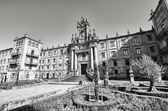 Santiago de Compostela (4) (ancama_99(toni)) Tags: travel vacation blackandwhite espaa blancoynegro architecture way blackwhite interesting spain arquitectura nikon camino tokina explore galicia galiza santiagodecompostela vacaciones pilgrim caminodesantiago peregrino 1000views pilgrims theway 2014 peregrinos 5000views 10favs 50faves 10faves explored 50favs 25favs 25faves 1116mm d7000