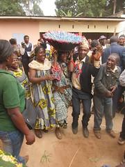 traditioneller Tanz in Bandoukassa# DialogPals# Kultur erhalten