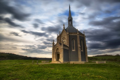 Chapelle Notre-Dame du Mont (Philippe Saire || Photography) Tags: canon eos 5d mark iii ef 1740mm f4l usm architecture chapelle chapel notredame mont doubs hautdoubs franchecomté france long exposure sky nuages clouds herbe grass hoya nd400 cokin p121m gnd4 wideangle fullframe ff pleinformat philippesaire ouhans photo photography ciel