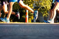 marathon running iowa runners roadrace desmoines sigma70300mm sigma70300apomacro desmoinesmarathon 2014imtdesmoinesmarathon