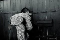 Cmo est la plaza? (Josema Zalamea) Tags: canon eos fiesta bn toros corrida faena tauromaquia toreros coso zalamea draganizer taurino 60d