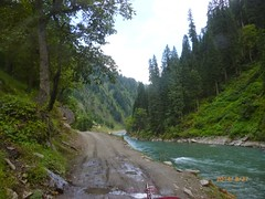 Taobut Azad Jammu Kashmir - The last point in Neelum valley before Indian Army positions begin. (iExplorer) Tags: green forest river roadtrip valley kashmir azadkashmir neelumvalley lushgreenery taobut