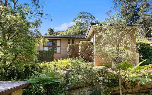 17 Windsor Place, St Ives NSW 2075