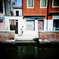 Venice (Etienne Despois) Tags: holga xpro venice italy travel travelplanet