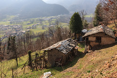 una vista piacevole (Clay Bass) Tags: 24105 balma baita canon5d green landscape mountains trees