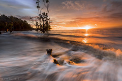Rumbling Waves (Jose Rey S. Pernia) Tags: d750 nikon singhray benro lee seascapes landscapes water waves philippines