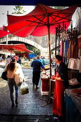 Mercato del pesce, Catania (pois noir) Tags: sicilia catania market mercato sicily street streetfood streetphoto pics random people