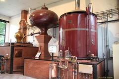 Alambic a repasse , Château du Breuil (Barnie76@ ,Merci pour vos commentaires) Tags: alambic châteaudubreuil distilleriedecalvados calvados normandie paysdauge bassenormandie canon60d