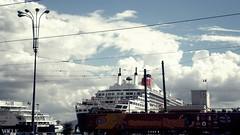 Naples Street (Carlo Mirante) Tags: street city cruise sky italy cloud bus port photo italia ship campania terminal porto napoli naples fotografia qm2 queenmary2 cunard città oceanliner stazionemarittima