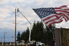 Restoration efforts continue in Enumclaw (Puget Sound Energy) Tags: usa snow loss power unitedstates wind wash electricity restoration pse enumclaw outage pugetsoundenergy