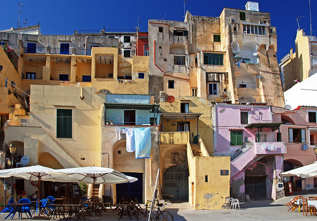 UNITED COLORS OF PROCIDA