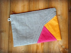 Orange and Magenta purse (Little Patchwork Star) Tags: modern purse pouch patchwork