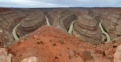 The Goosenecks Panorama (ladigue_99) Tags: statepark southwest utah hiking erosion geology mexicanhat sanjuanriver ladigue99 thegoosenecks