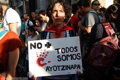 Todxs somos Ayotzinapa (Lu Surroca) Tags: mexico uruguay montevideo 43 movilizacion fueelestado embajadademexicoenuruguay estudiantesdesaparecidosenayotzinapa vivoslosllevaronvivoslosqueremos