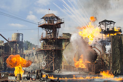Explosión (kinojam) Tags: canon fire kino explosion universal fuego universalstudios llamas fuel waterworld llamarada canon60d kinojam