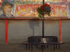 Bridlington - Amusements (Tony McLean) Tags: bridlington yorkshirecoast ©2016tonymclean leicam240 leica75summilux streetphotography streetscenes eastyorkshire