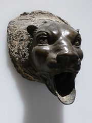 y otro mas (canecrabe) Tags: lion tigre fontaine pompi muse naples bronze bouche rome empire atrium villa papyrus ornement dcor
