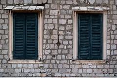 Closed Shutters (g_heyde) Tags: closed fenster fensterladen dubrovnik kroatien croatia sl window shutter dubrovakoneretvanskaupanija hr