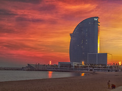 Atardecer. (kiolosa) Tags: barcelona atardecer kiolosa hotelw