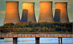 Fiddlers Ferry Power Station Cooling Towers 21st October 2016 (Cassini2008) Tags: fiddlersferrypowerstation widnes cheshire