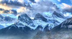 Three Sisters Mountain, Alberta, Canada - p1333 (photos by Bob V) Tags: mountains rockies rockymountains canadianrockies alberta albertacanada banff banffpark banffnationalpark banffalberta banffalbertacanada panorama mountainpanorama threesisters threesistersmountain
