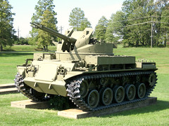Duster M42 40 mm Self-Propelled Anti-Aircraft Gun (Photo Squirrel) Tags: aberdeenprovingground aberdeen maryland usarmyordnancemuseum tank armor antiaircraft duster m42