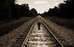 تازه از زنم جدا شده بودم که گرفتار رفتارهای شیطانی دختر ۲۰ ساله شدم (وبگردی) Tags: جدایی دختر زندگی سوءاستفاده سیاه وسوسه