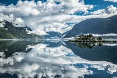 Morning Paradise (North Face) Tags: norwegen norge norway fjord clouds landscape water mountains island summer nature scenery reflections landschaft natur fjorden canon eos 5d mark iii 5d3 24105l wolken