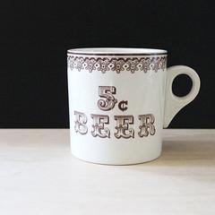 Five cent beer. (Kultur*) Tags: kitchen drink drinkware mugs serving mug cup coffee england english teamug 5centbeer royalcrownford beermug largemug cofeemug vintage vintagehousewares
