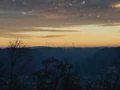MARIAN SIMON PHOTOGRAPHY (MARIAN SIMON PHOTOGRAPHY) Tags: landscape landschaft sonnenuntergang sky windkraft natur outdoor olympus olympusomdem1 omd olympusm75mmf18 schwbischealb geislingen