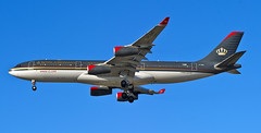 """Royal Jordanian Airlines Airbus A340-212 JY-AID """"Queen Rania Alabdulah"""" (MIDEXJET (Thank you for over 2 million views!)) Tags: royaljordanianairlines airbusa340212 jyaid airbus airbusa340 a340 chicago chicagoillinois chicagoohare ohare ord kord schillerpark illinois unitedstatesofamerica chooseohare fly2ohare flyohare"""