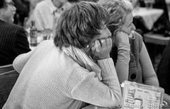 """""""Wo auch immer wir wohnen"""" (andrealinss) Tags: blackandwhite bw berlin germany photojournalism schwarzweiss vernissage reportage cafesibylle andrealinss gabrielesenft woauchimmerwirwohnen"""