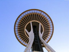 "Saucer section of Space needle (zoom) • <a style=""font-size:0.8em;"" href=""http://www.flickr.com/photos/34843984@N07/15358831439/"" target=""_blank"">View on Flickr</a>"