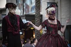 HHN24 - Maskerade (hhn_dollfie) Tags: costumes halloween make up actors scary blood florida character pirates performingarts makeup macabre universalstudios performers themepark stilts voodoo haunt fright universalorlando hhn halloweenhorrornights