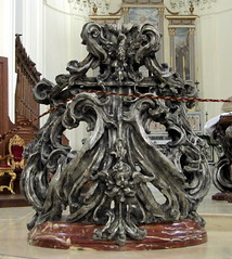 Baroque lives: the eagle lectern, the Duomo, Noto, Sicily (Hunky Punk) Tags: italy bronze jasper italia eagle churches cathedrals noto sicily duomo sicilia furnishings silvered sicilianbaroque hunkypunk lecterns chiesamadredisannicol spencermeans giuseppeducrot