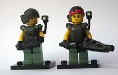 Drake & Vas (Blacktron2011) Tags: lego colonial aliens marines drake custom moc vasquez minifigures smartgun