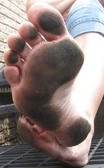 IMG_0893 (Donna Queen pa1971) Tags: feet fetish foot donna toes dirty queen barefoot barefeet filthy soles barefootin