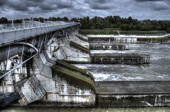 Wasserkraft III (theflyingtoaster14) Tags: wien pentax kraftwerk hdr k5 freudenau