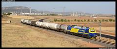 Tren de bioetanol en Puertollano (javier-lopez) Tags: train tren trenes continental railway 333 prima 3333 repsol zans puertollano refinería adif zacs ffcc escombreras vtg químico mercancías bioetanol fertiberia continentalrail puertollanorefinería 17072014